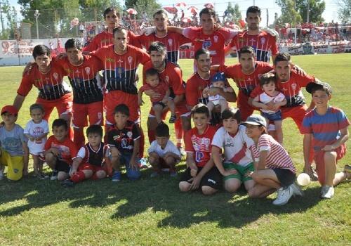 Federal C 2da fase - Eric Verón como titular irá ante Independiente de Tandil