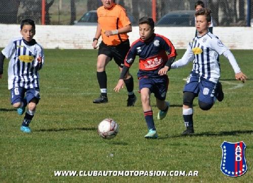 LRF - Inferiores - Buena cosecha de puntos para Club Sarmiento ante Automoto.