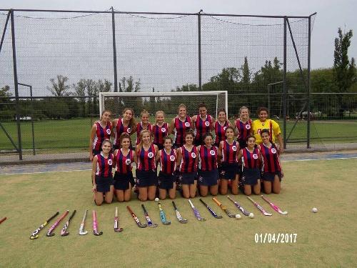 Hockey Femenino - Peñarol debutó goleando en el Campeonato de Hockey del Sud Oeste, Sarmiento cayó en 1ra y ganó en Sub 14.