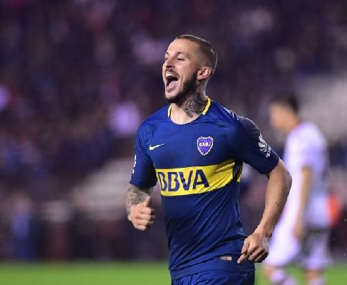 AFA - 1ra División - Con gol de Darío Benedetto, Boca derrotó a Lanús y también es puntero.