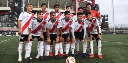 Afa - Inferiores - La 8va de River con Mercado jugó ante San Lorenzo.