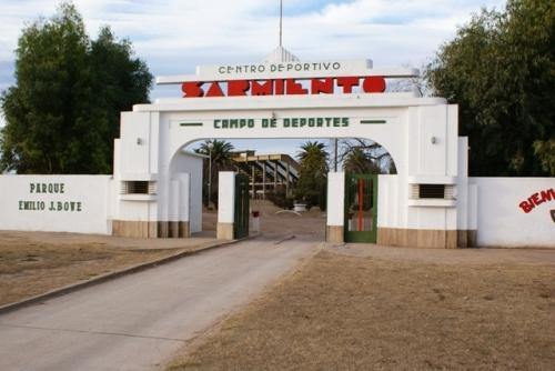 LRF - En el Juan Emilio Bove de Deportivo Sarmiento mañana se define el ganador de los cruces liguistas.