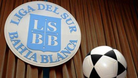 Liga del Sur - El comienzo del fútbol bahiense se posterga una semana.