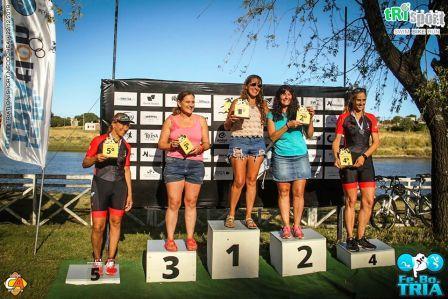 Patricia Gómez Sarlinga 1ra en su categoría en triatlón necochense.