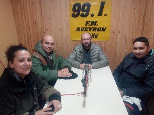 Los candidatos del FRENTE  en la Brujula Electoral 99.1 FM Aveyron