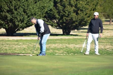 Golf - Fernando Bozbranny y Olga Otero los ganadores en el club local.
