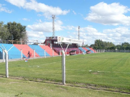 LRF - Semifinales - En la cancha de Peñarol el próximo domingo se juega una de las semifinales.