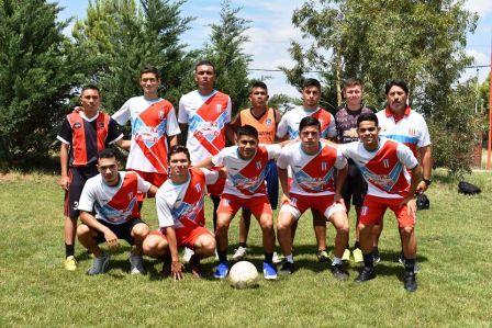 Unión Pigüé juega amistoso en Sierra de la Ventana este fin de semana.