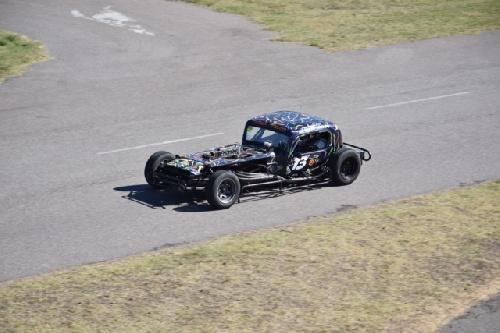 TC del 40 Sudeste - El auto de Juan Escala el protagonista del domingo en Tres Arroyos - 10° y 9° puesto para Guarino