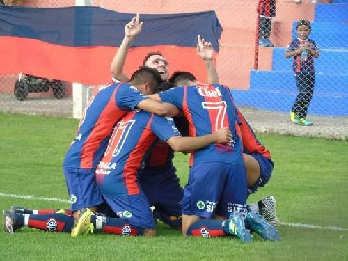LRF - Peñarol venció por penales a Deportivo Sarmiento y avanza a la final.