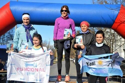 Atletismo - Yani Clair quinta en la general y tercera en su categoría en un 8k desarrollado en Coronel Suárez.