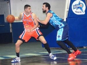 Provincial Basquet - Chivilcoy debutó perdiendo ante Necochea - 10 puntos de Di Pietro.
