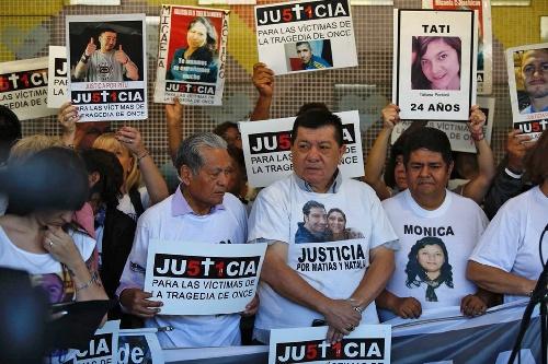 A seis años de la tragedia de Once, familiares y amigos de las víctimas piden que se ratifiquen las condenas