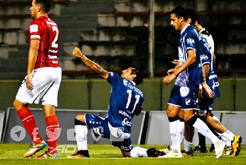 Marcos Litre con Juventud Antoniana cayeron por penales en amistoso ante San Martín de Tucumán.