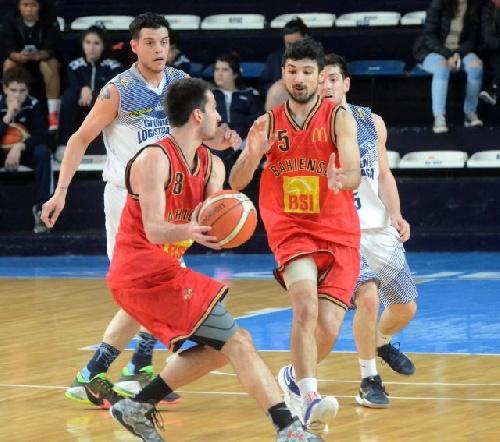 Basquet Bahiense - Con 16 puntos de Esteban Silva, Bahiense arrolló a Estudiantes y ganó el 2° juego.