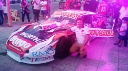 TC - Sergio Alaux presentó su auto en sociedad.