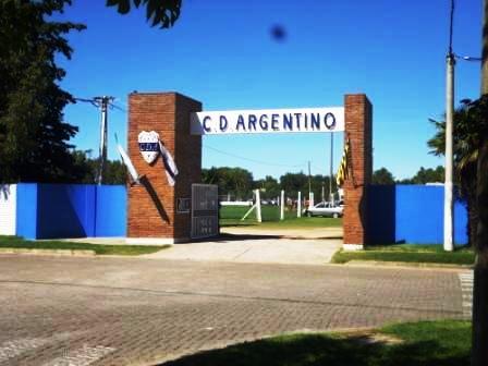 En el Walter Alric, Sarmiento y Argentino debutaron ganando.