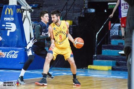 Basquet Bahiense - 6 puntos de Esteban Silva en el Osvaldo Casanova.