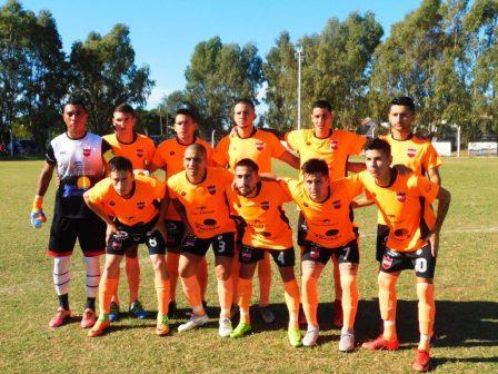 Fútbol Pampeano - Deportivo Rivera con Pattahuer y Poncela debuto en el Provincial.