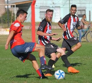 LRF - Peñarol recibe al Tiro suarense y Argentino a Boca en la 1ra del Clausura.