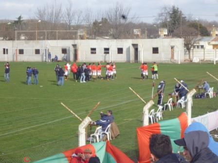 LRF Reserva - San Martín de Carhué como preliminar en la final de primera ganó el Apertura