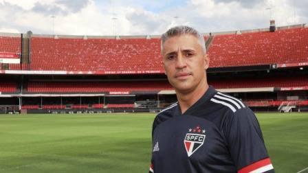 Brasileirao - Mal momento de Hernán Crespo con el equipo paulista.