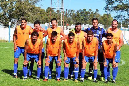 Racing de Carhué finalista de la Copa Ciudad de Pigüé.