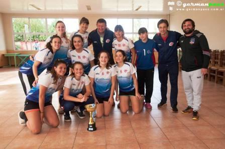 Handball Femenino - El Cef 83 Juvenil resultó subcampeón en Chivilcoy.