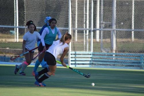 Hockey Femenino - Amistoso y victoria para la selección sub 14 de Hockey del SudOeste.