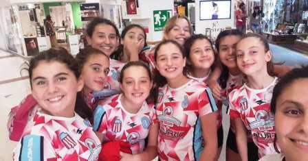 Voley Femenino - Las Sub 14 de Unión Pigüé participaron en torneo bahiense.