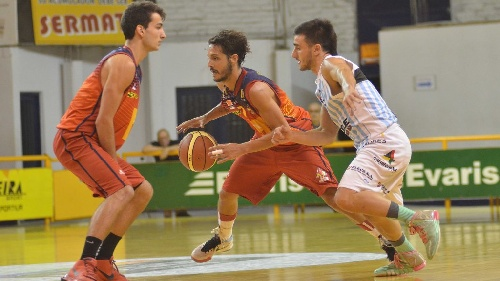 Federal Basquet - Triunfo de Bahiense del Norte - 4 puntos de Esteban Silva.