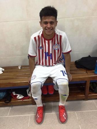 Gabriel Mercado jugó amistosos en Ezeiza con la Selección Paraguaya Sub 15.
