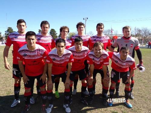 Liga Cultural Pampeana - Deportivo Rivera con la presencia de Nicolás Mercuri cayo como local.