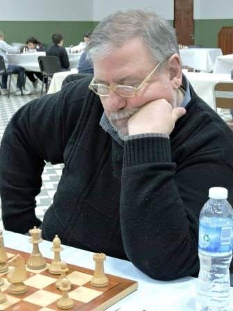 Ajedrez - Etchepareborda venció a Hoffman y dejó el torneo sin invictos.