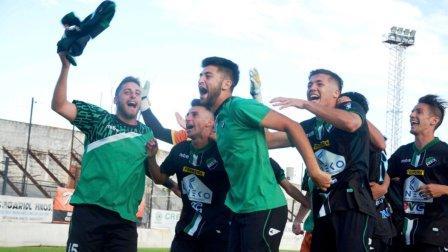Liga del Sur - Villa Mitre superó a Liniers y habrá 3° partido.