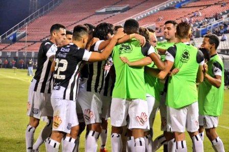 Fútbol Paraguayo - Santani con Marcos Litre venció a Sportivo Luqueño.