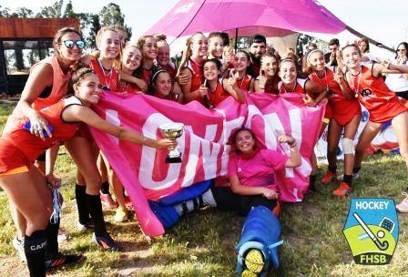 Hockey Femenino - Deportivo Sarmiento Sub 14 de Carhué obtuvo el London Travel