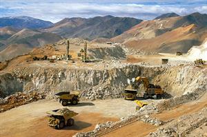 Minería a cielo abierto: derrame de cianuro en una mina que explota la Barrick Gold en San Juan