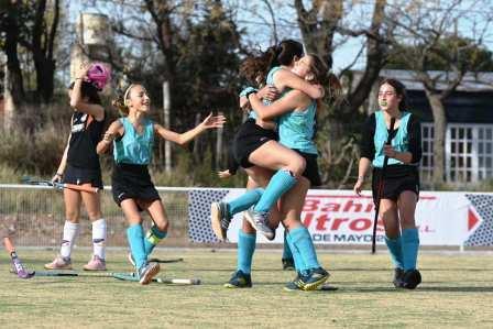 Hockey Femenino - El Sub 14 de la Federación se despidió con un empate.