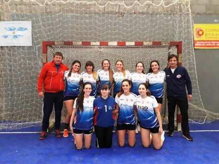 Handball Femenino - Las chicas del Cef y dos victorias en la Asociación Bahiense.