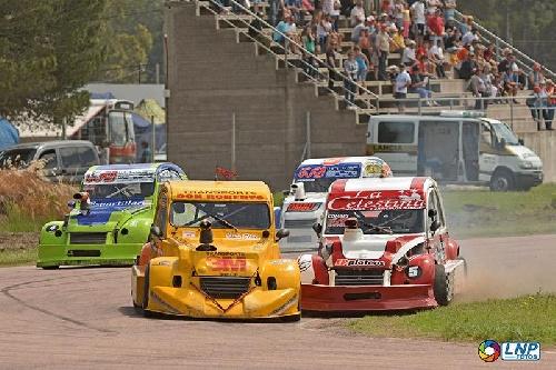 Fórmula 3 CV - Sergio Combes el mejor clasificado del sábado en el Ciudad de Pigüé.