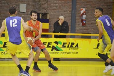 Basquet Bahiense - 7 puntos de Silva para la victoria de Bahiense del Norte.
