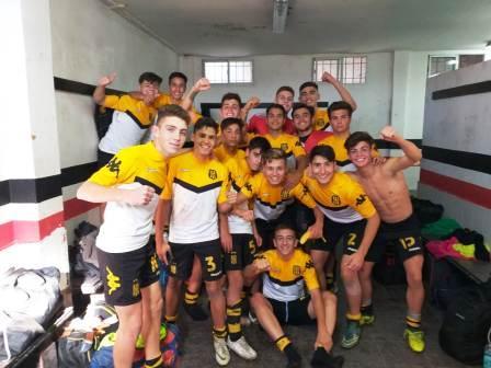 AFA - Inferiores - Olimpo con Llamas goleó a Chacarita en 7ma división.