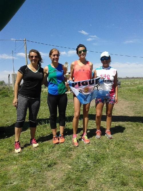 Atletismo - Yani Clair ganadora de los 6 K en Coronel Pringles.
