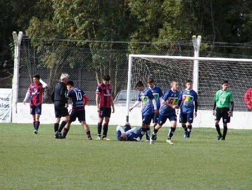 LRF - RESERVA - Deportivo Argentino venció a Automoto, empates de Sarmiento y Unión, derrota de Peñarol.