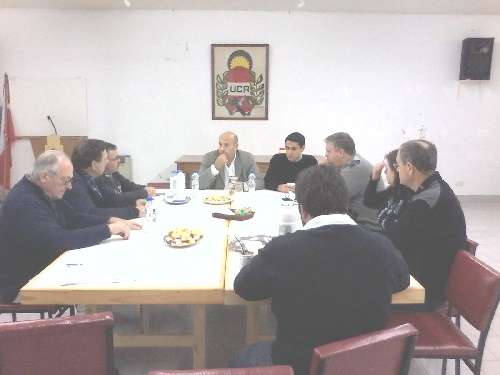 Cambiemos: Reunion de la Mesa Distrital y concejales con el Senador Provincial Andres De Leo.
