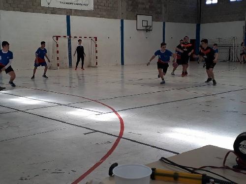 Handball Inferiores- Actividad del CEF 83/Sarmiento en Coronel Suárez.