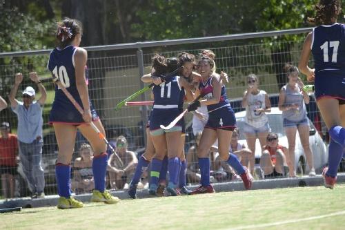 Hockey Femenino - Con dos victorias logradas en 48 horas el CEF 83 lidera la tabla en 1ra.
