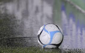 Por el mal tiempo ya se suspendió todo el fútbol del día sábado.