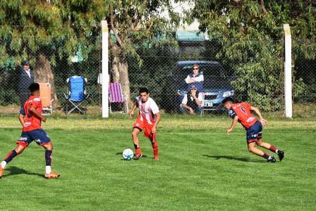 LRF - Unión Pigüé venciendo a Peñarol fue el único equipo local que ganó en la fecha.